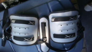 Lacrosse chest protector kids size extra small $10 obo
