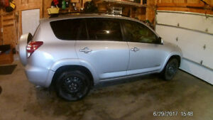 2009 Toyota LIMITED RAV 4 for sale   only 140,000KM
