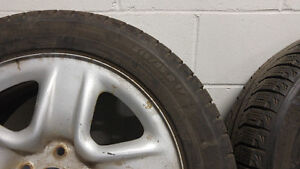 2x 215/55/17 Winter Tires & Rims Good Condition Toyota Venza West Island Greater Montréal image 3