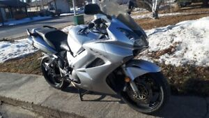 2003 VFR800 Interceptor  (In Drayton Valley)