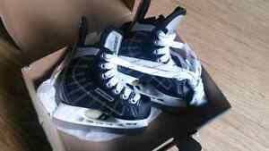 Bauer Challenger Skates size 8 youth London Ontario image 1