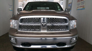 2009 Ram 1500 Laramie 5.7L Hemi V8 (Top of the line trim) Lifted