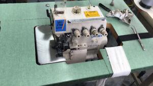 Machine à coudre surjetteuse juki 3700