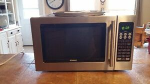 **KENMORE CONVECTION MICROWAVE OVEN**