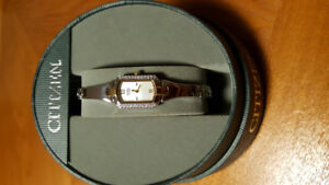 Beautiful brand new Citizen Quartz Ladies Watch
