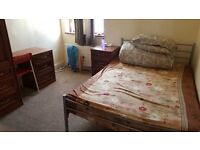 Spacious room with wifi+breakfast+dinner all bills incl, INDIAN professional