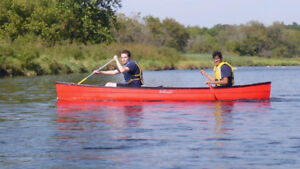 Nice handling smaller canoe with big capacity low price