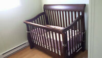 crib/ toddler bed/ double bed & dresser