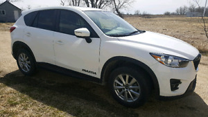 2016 Mazda cx5 command start sunroof heated seat 23K only