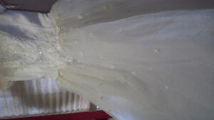 3 beautiful gown for rent