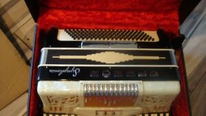 REDUCED $100 Italian made Symphonia accordion $250 OBO w/case