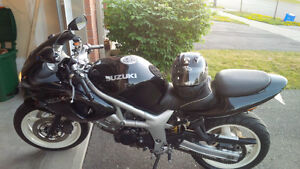 FOR SALE: Suzuki Sport SV650 (Black)