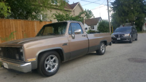 1985 GMC SIERRA C10 FLEETSIDE LOW RIDER