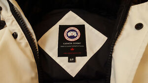 Canada Goose chateau parka sale official - Authentic White Canada Goose Chillawack Size S from Harry Rosen ...