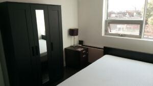 Queen Bed Room Set