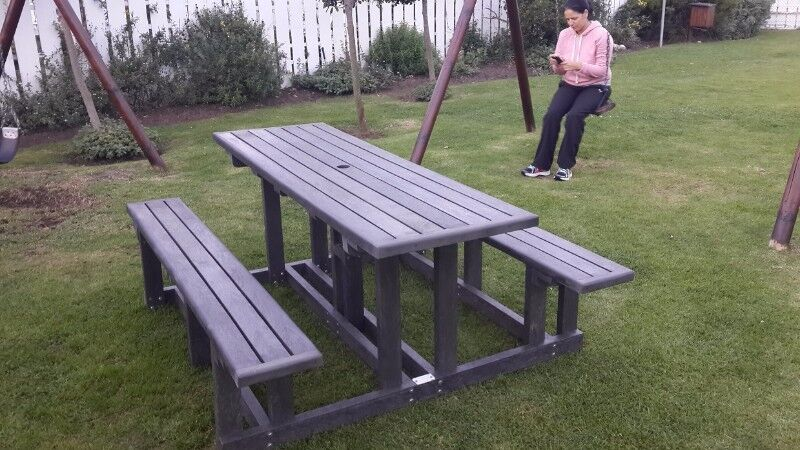 ALL restaurant, recreational, park and picnic bench sets made from 100% recycled plastic.
