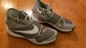 Nike Zoom HyperRev - US 15