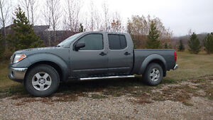 2008 Nissan Frontier SE Pickup Truck - Solid truck -ready to go!