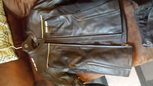 Spyder can am riding gear - Leather jacket and pants
