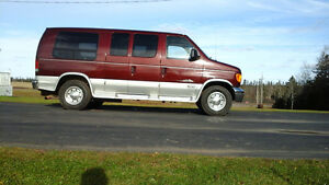 2006 Ford E-250 2 tone Other