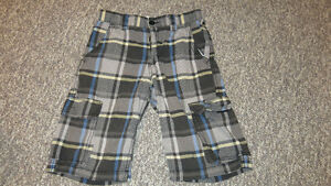 Boys Size 12/14 NAME BRAND CLOTHING - 19 ITEMS!
