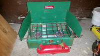 Coleman poele camping / stove, model 421-d