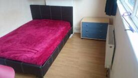 Double Room Available Bills Included