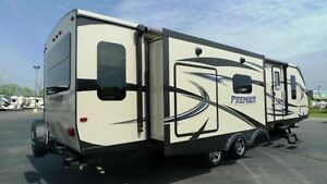 2017 PREMIER BULLET 30RIPR - Travel Trailer - ULTRA LITE