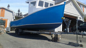 "25' by 10'4"" Midship, 90hp Suzuki & Trailer"