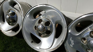 "16"" Dodge Ram Alloy Wheels with Centre Caps Strathcona County Edmonton Area image 3"