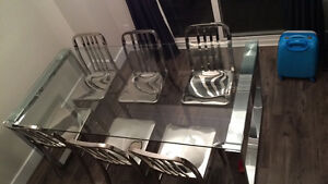 Beautiful Dining Room Table & 6 Chairs For Sale Kingston Kingston Area image 1