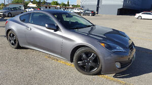 2011 Hyundai Genesis Coupe coupe Coupe (2 door)