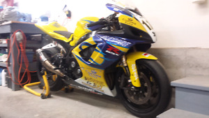 07 GSXR 600 TRACKDAY/RACE Package