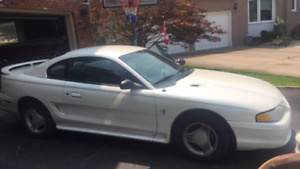 1997 Ford Mustang Base V6 Coupe *As Is*