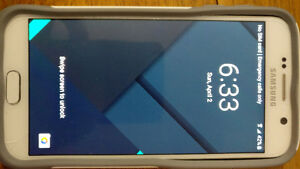 Samsung Galaxy S6 32gb with Otterbox case