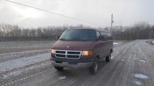 2002 Ram 2500 12 Passenger Van