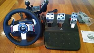 G 27 logitech racing wheel, pedals and shifter for PC & PS3
