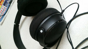 Sony MDR MA 300 BASS BOOST HEADPHONES