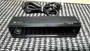 MINT CONDITION !  XBOX ONE KINECT