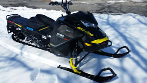 Summit X 2018 / 850 / Ski Doo