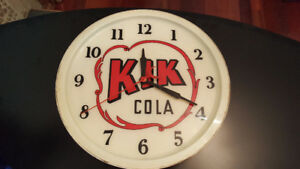 Horloge - KIK Cola - Clock - Vintage - TRES RARE!  Negotiable.
