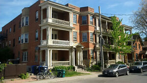 3 Bedroom Centretown Apartment - June /July 1st (357 Frank St)