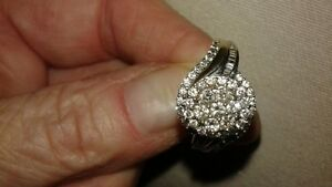 Beautiful diamond ring Peterborough Peterborough Area image 3