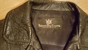 Women's Black Leather Fitted Jacket Small