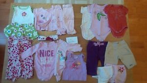 0-3 months girls clothing. $25 for 17 items.