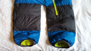 North Face Toddler Winter Goose Down Bunting - 18-24 months Gatineau Ottawa / Gatineau Area image 5