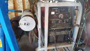 Lincoln 305 g welder and skid