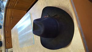 """Australian Akubra """"Bobby"""" Cattleman's Hat"""
