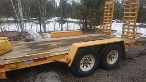 2007 6 ton16 ft with drop down ramps