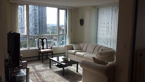 2Br+Den /3Br - Waterfront Suite in Yaletown
